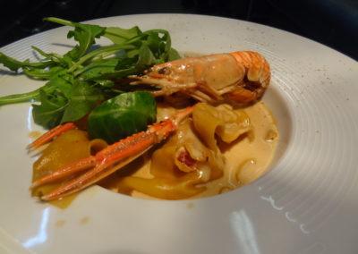 Ravioles de homard coulis de crustacés